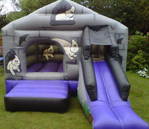 17_x_12_Haunted_Bouncy_Castle.jpg