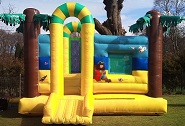 18x18_bouncy_castle_Glasgow.jpg